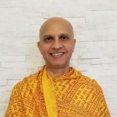 Aditya Gir, RYT